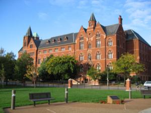 saint-louis-university-online-social-work-degree
